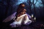 Anjos em Fundo Escuro