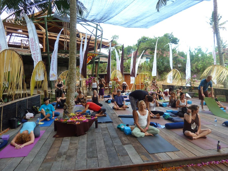 yoga in bali, yoga class, yoga workshop, spa in Ubud, yoga ashram in Bali, discover chakra in Bali, kundalini yoga, retreat yoga