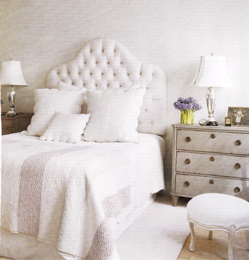 latest designs trims in white bedrooms