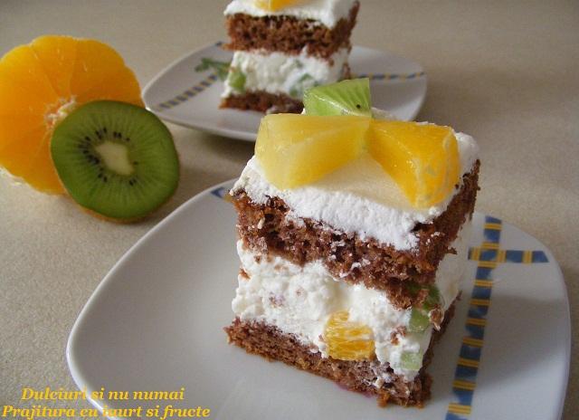 Prajitura cu iaurt Nutriday si fructe