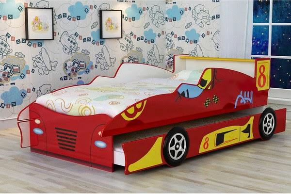 deco chambre garcon voiture conseils d co et relooking chambre enfant beaux lits avec with lit. Black Bedroom Furniture Sets. Home Design Ideas