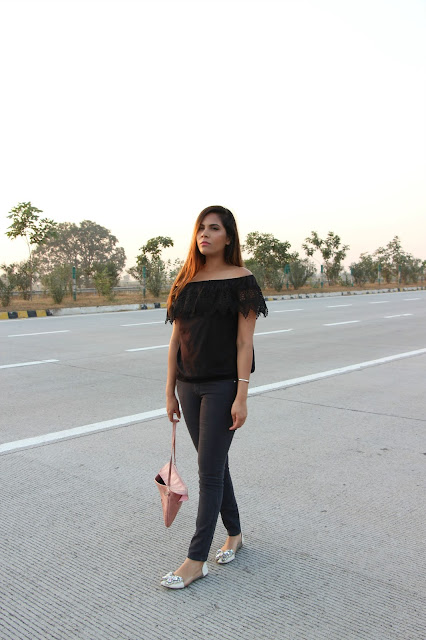 delhi blogger, delhi fashion blogger, fall fashion, fashion, how to style off shoulder top, indian blogger, off shoulder top, lace off shoulder top, skinny jeans, dealsale app, cheap off shoulder top india online, lace top india online, beauty , fashion,beauty and fashion,beauty blog, fashion blog , indian beauty blog,indian fashion blog, beauty and fashion blog, indian beauty and fashion blog, indian bloggers, indian beauty bloggers, indian fashion bloggers,indian bloggers online, top 10 indian bloggers, top indian bloggers,top 10 fashion bloggers, indian bloggers on blogspot,home remedies, how to