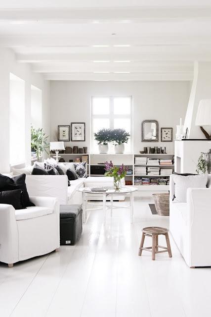 La casa danesa de los propietarios de tine k home etxekodeco for Decoracion danesa