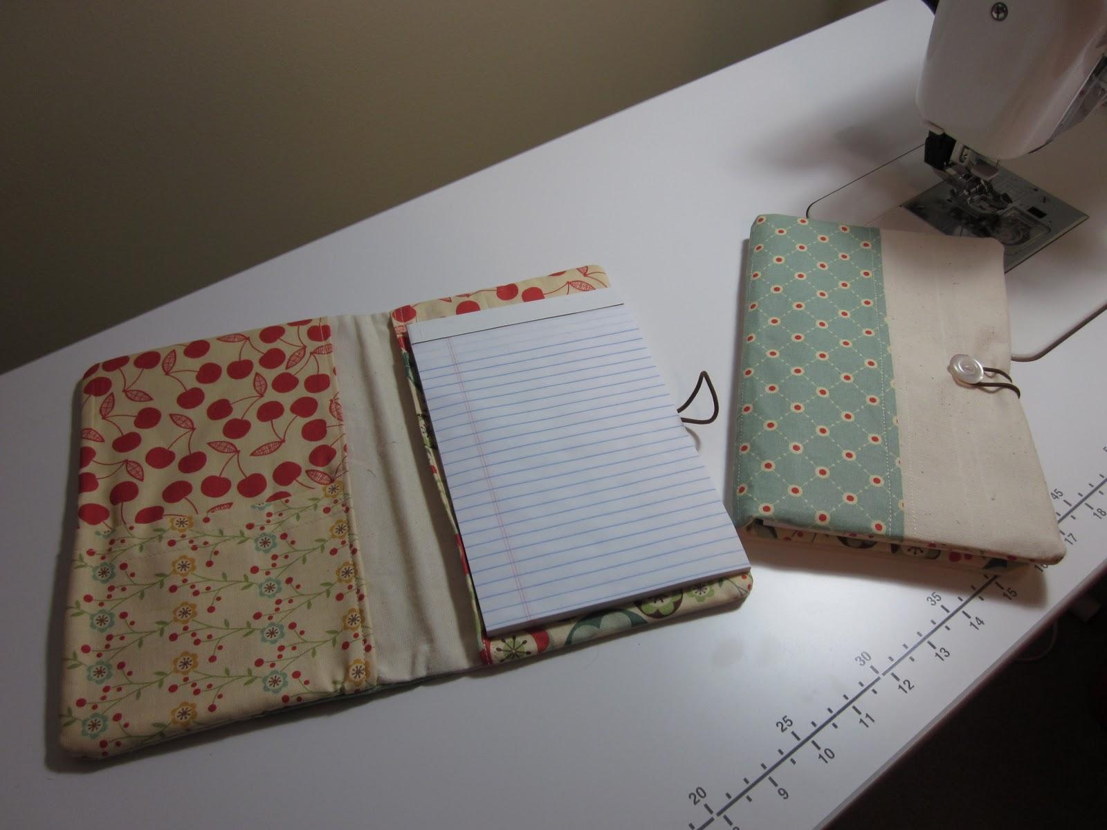 Dandelion Quilts: Gathered Clutch