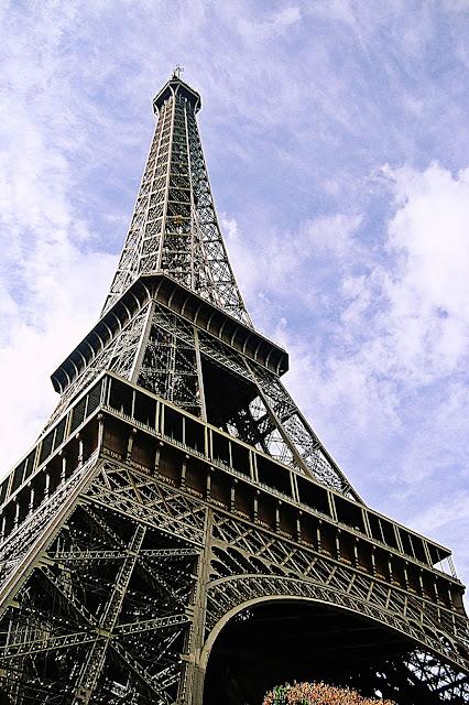 paryż, wieża Eiffla, wyjazd