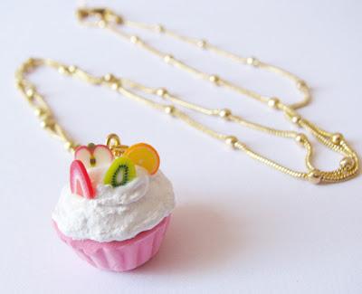 colar cupcake