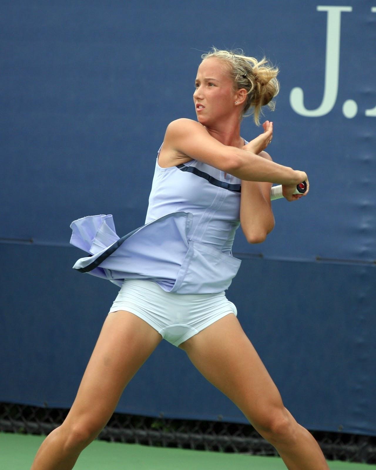 Fotos erschienen Frau Russian Tennis