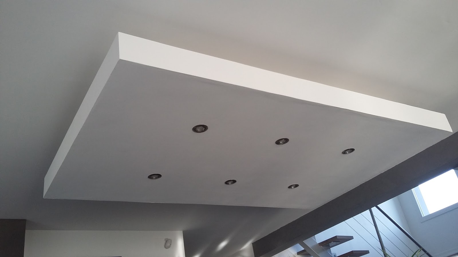 droch plafond descendu suspendu ilot central decaissement design spots caisson placo platre