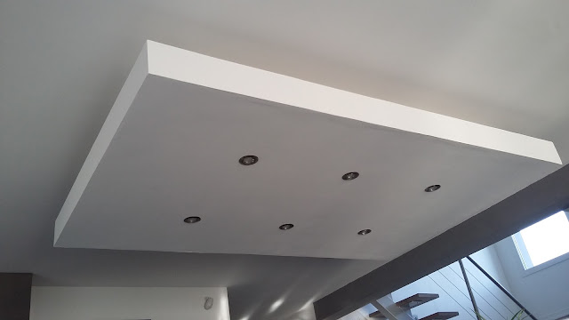 Bricolage de l 39 id e la r alisation plafond descendu for Realisation faux plafond decoratif