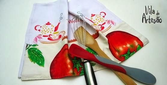 http://www.viladoartesao.com.br/blog/2014/02/como-pintar-panos-de-copa-usando-estencil/