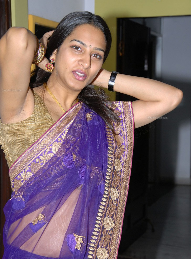 Vid, sister Telugu aunty hot sexy photos more