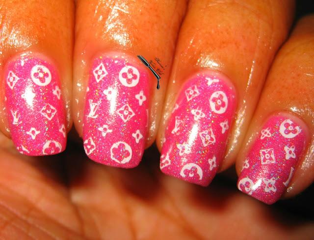 Karine\'s Vernis Club: Louis Vuitton Nails