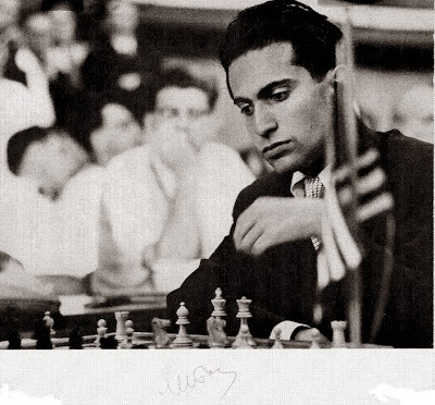 Mikhail Tal en el Torneo Internacional de Ajedrez de Zúrich 1959, imagen y firma