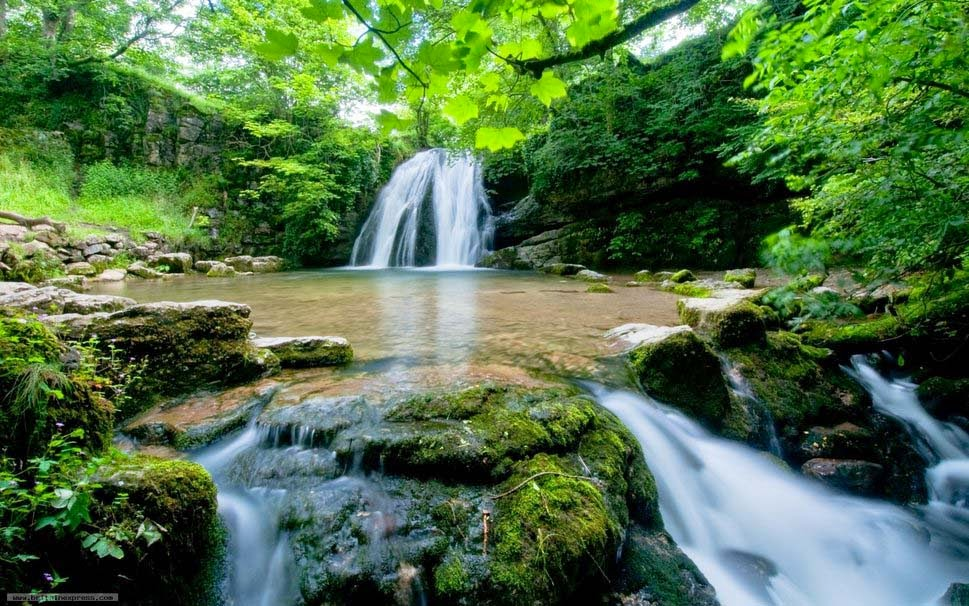 natural-waterfall--picture-image