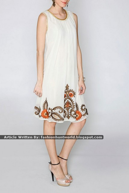 Alluring White Sleeveless Embroidered Kurti/Tunic
