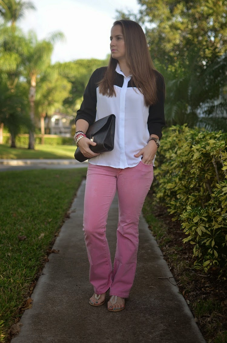 pink jeans - color block top - black clutch - arm party - Emma & Sophia