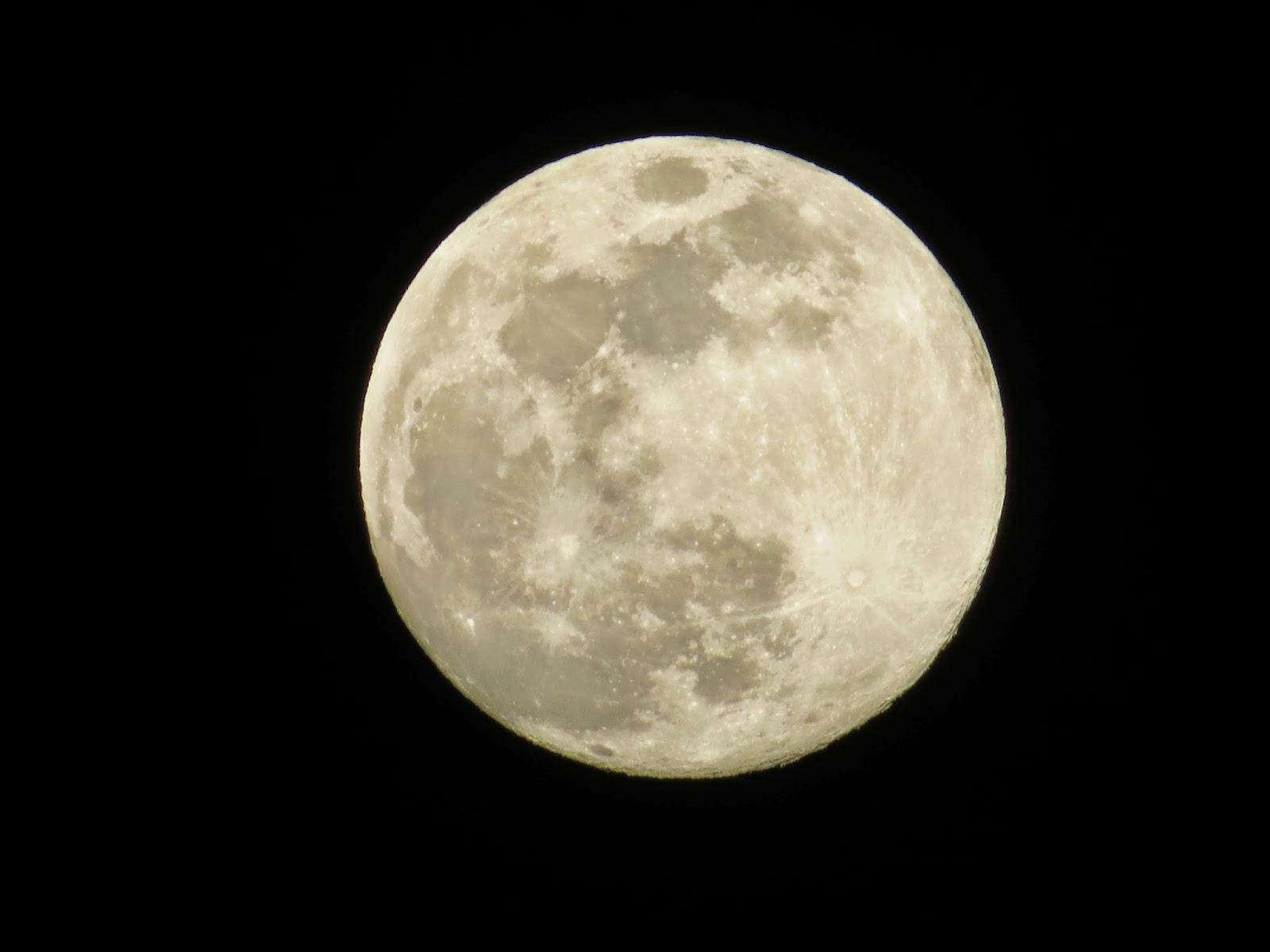 Bulan Purnama (Foto by Admin)