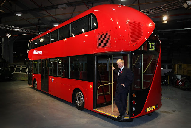 Foto Bus Tingkat Model Masa Kini