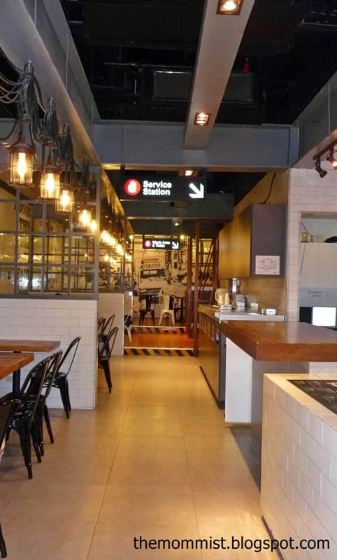 4 Fingers Manila Store Interior
