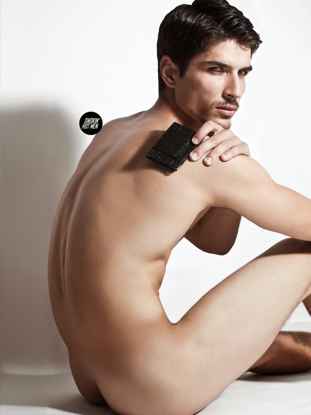 For The Beautiful Men: Garrett Overbey Naked
