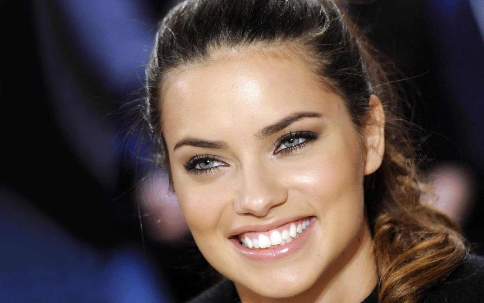 Every actress wallpapers adriana lima wallpapers free download adriana lima wallpapers free download voltagebd Image collections