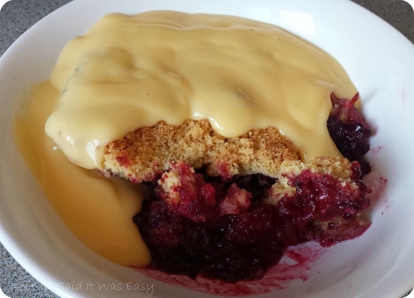 ... Easy : Recipe - Blackberry & apple crumble (#GreatBloggersBakeOff2014
