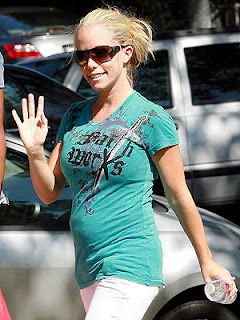 Kendra Wilkinson: I'm Back To Being Me After Battling Ppd
