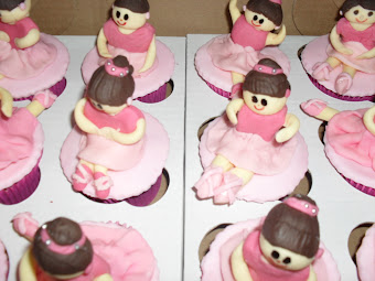 Cupcakes com Bonecos 3D