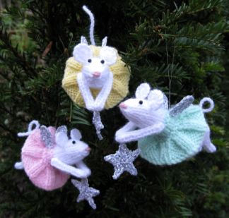 Knitting Pattern For Mouse Free : My Tate Gallery: Knitted Fairy Mouse......