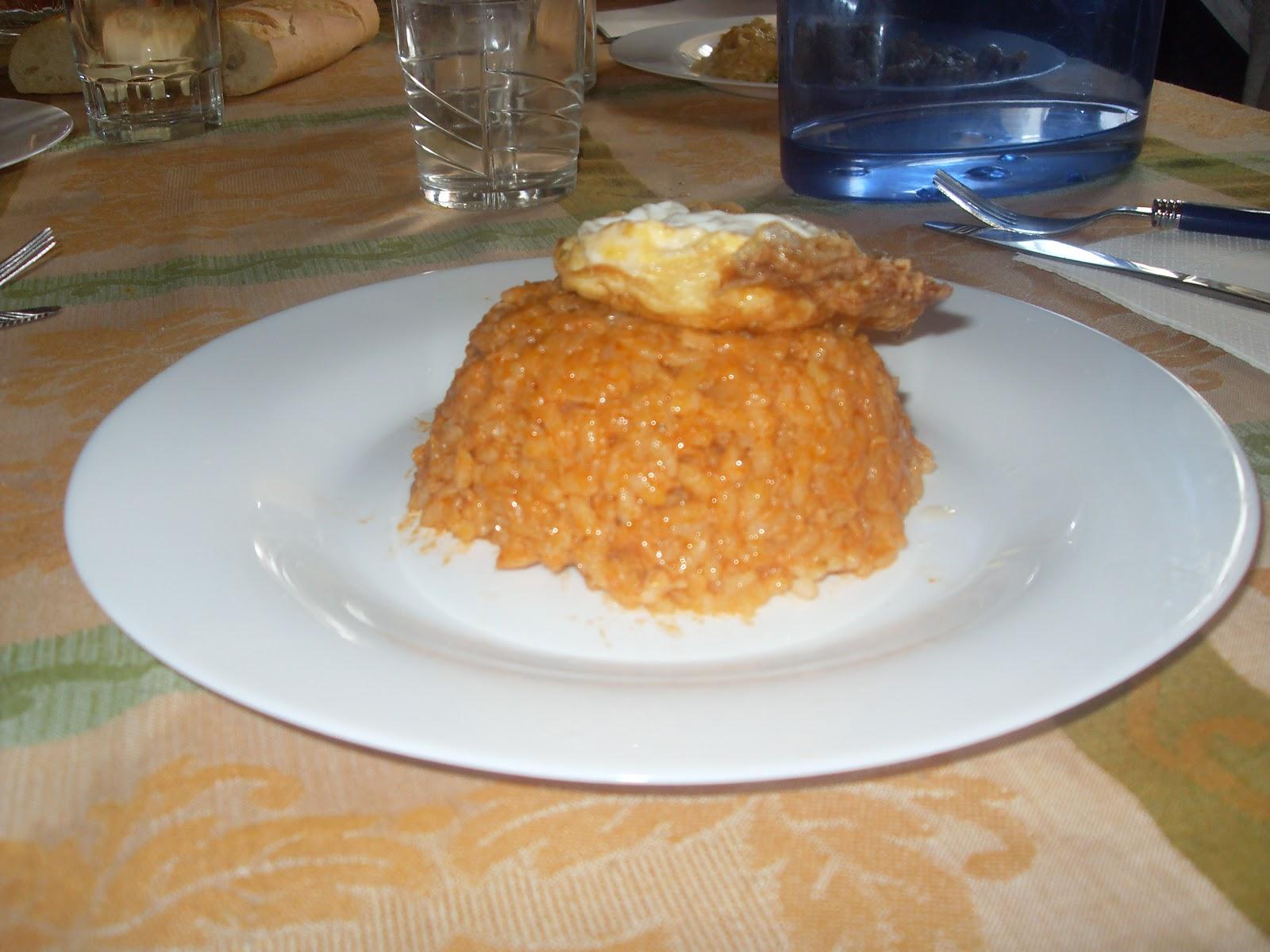 Albacete bienmesabe receta de arroz a la cubana servido - Calorias arroz a la cubana ...