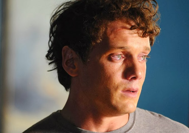 Odd Thomas teary eyes movie still