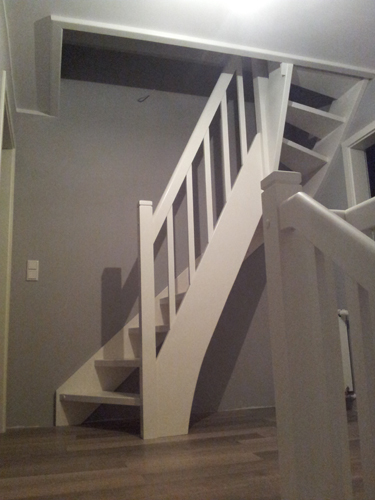 ein haus f r uns einrichtungs garten und baublog treppen und t ren. Black Bedroom Furniture Sets. Home Design Ideas