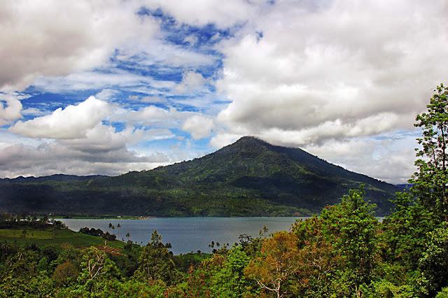 Danau Ranau Lampung Barat 2