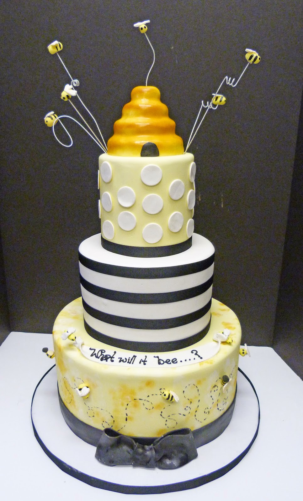 What Will Baby Bee? Shower Cake Marion, Massachusetts