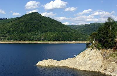 Zapora jezioro Vidraru.