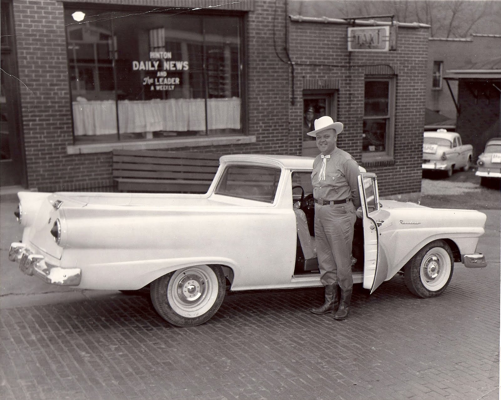 When Car Salesman Were Really Honored -- Uncle Damon, Ford Motor ...