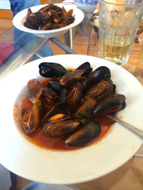 Mussels-Moroccan-style-Jamie-Oliver