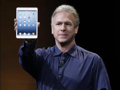 Phil Schiller memperkenalkan iPad Mini di San Jose, semalam.