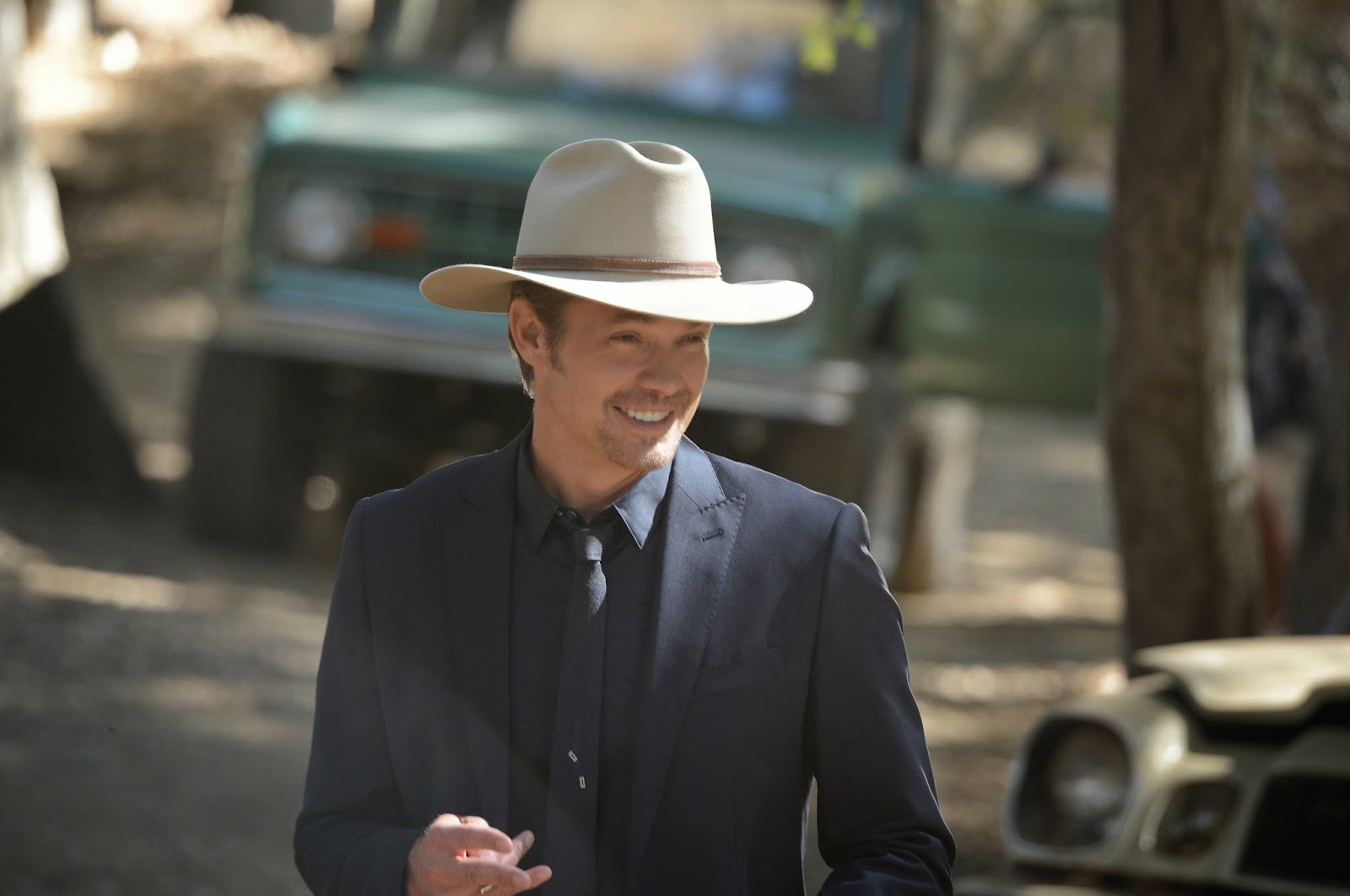 Justified - Cash Game - Postmortem with Graham Yost and Interview with Joelle Carter