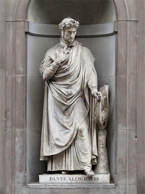 Statue of Dante Alighieri by Paolo Emilio Demi, Piazzale degli Uffizi, Florence