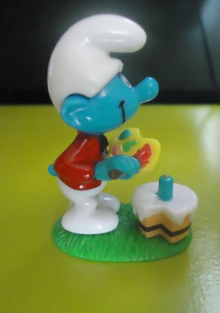 Painter Smurf figure by Peyo
