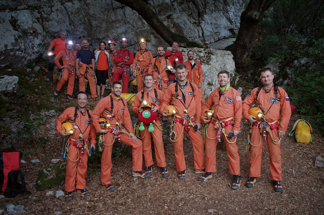 Astronauts about to enter the Sa Grutta cave for the extended caves exploration. Credit: ESA/V. Crobu