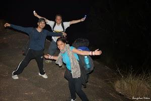 Makalidurga night trekking, posing for photograph