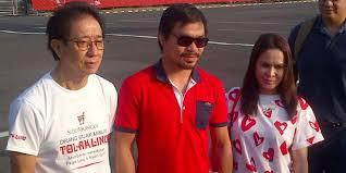 """Kagum Dengan Indonesia, Manny """"Packman"""" Pacquio Kunjungi Rumah Mbah Marijan"""
