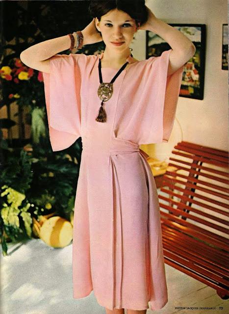 the vintage pattern files 1970 39 s sewing des robes vite. Black Bedroom Furniture Sets. Home Design Ideas