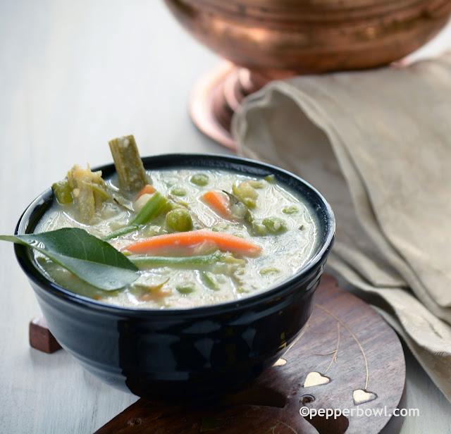Avial kerala style vegetable coconut stew pepper bowl for Avial indian cuisine