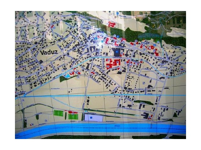 Large detailed tourist guide map of Vaduz city, Liechtenstein ...