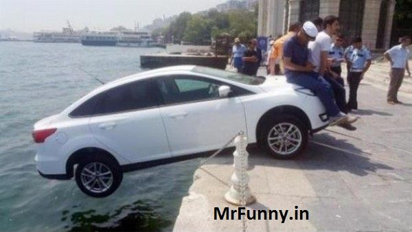 Istanbul Locals Save Tourist's Car From Falling Into The Sea By Sitting On Hood Until Assistance Arrived