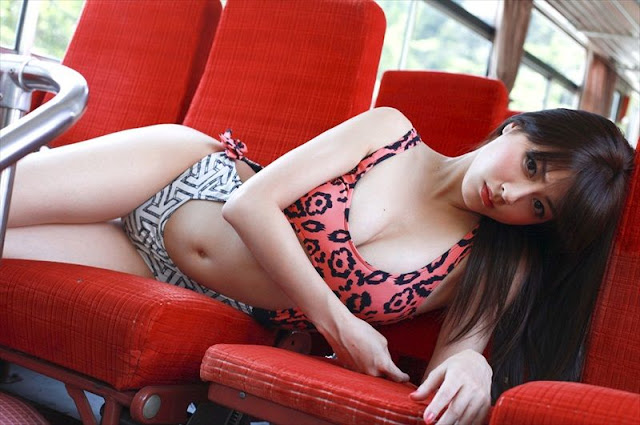 Model Yumi Sugimoto - New Lingerie Photos