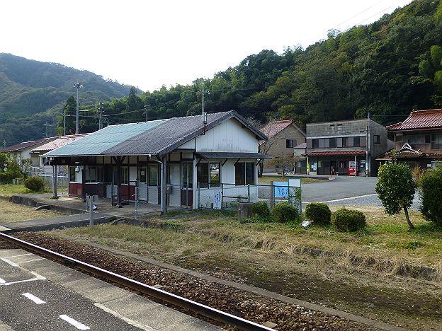 山口線 篠目駅舎と吉田商店